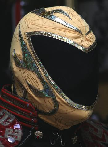 Tinielbas Tribal Pattern Pro-Grade Mask
